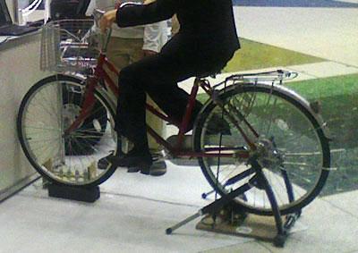 自転車の 発電 自転車 : 自転車発電 貸出 - 有限会社 ...